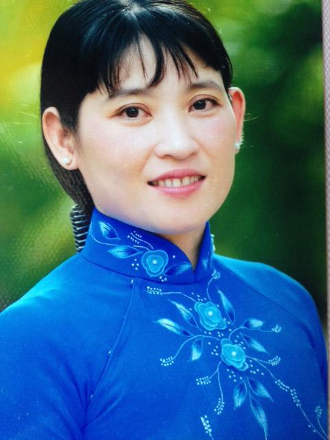 Chị Bùi Mộng Mỹ Uyên – Chủ tịch CĐ kiêm Trưởng ban Nữ công Trường THPT Nguyễn Đình Chiểu (Tp.Mỹ Tho, Tiền Giang)