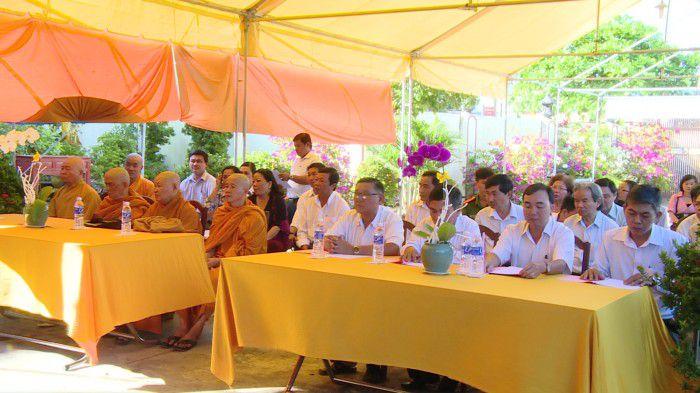 Quang cảnh lễ công nhận chùa Trường Sanh là cơ sở thờ tự văn hóa. Ảnh: Trần Liêm