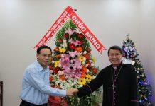 Phó chủ tịch UBND tỉnh Long An thăm toà giám mục Mỹ Tho