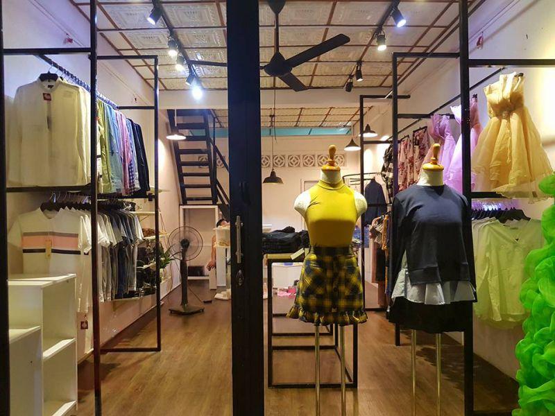 Shop quần áo Simon Store tuyển nhân viên bán hàng