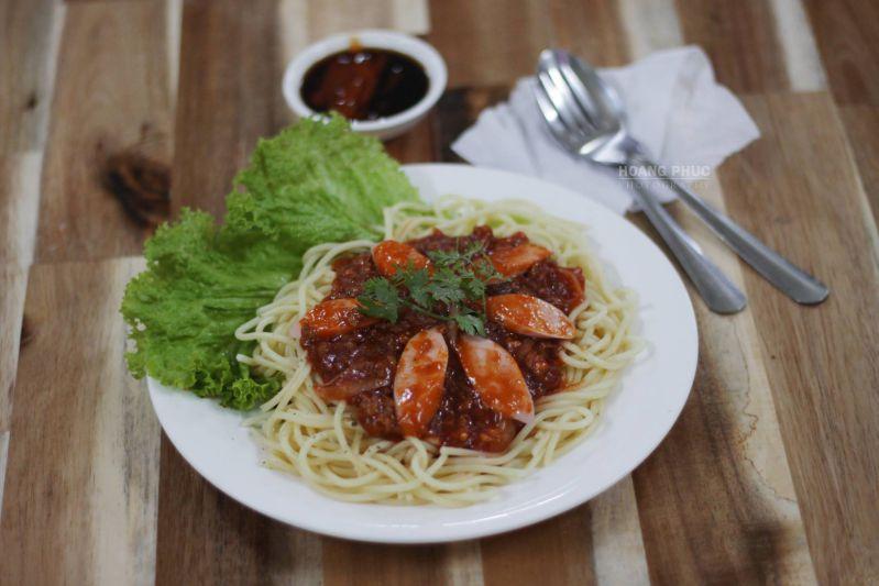 Spaghetti tại quán Bánh Mỳ Chảo 139 - Mỹ Tho. Photo Hoang Phuc