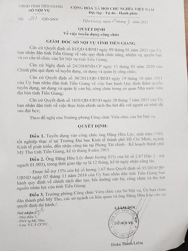 Quyết định tuyển công chức của Giám đốc Sở Nội vụ tỉnh Tiền Giang năm 2015 đối với ông Lộc.