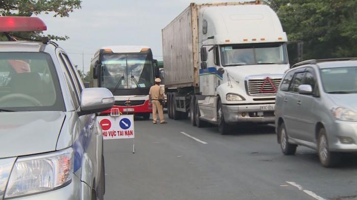 Năm 2017, TNGT đường bộ trên địa bàn tỉnh TG giảm được 2 tiêu chí về số vụ và số người bị thương. Ảnh: Việt Bình