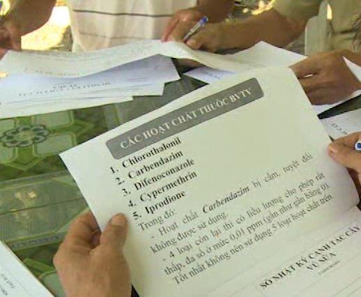 Danh mục các hoạt chất cấm sử dụng trong sản xuất trái vú sữa mà Hoa kỳ yêu cầu. Ảnh: Minh Trí