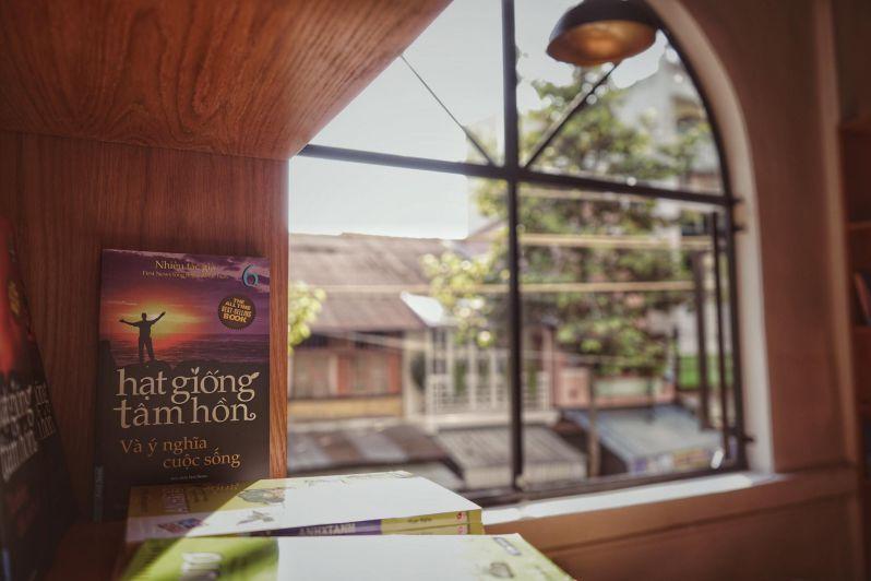 Góc view đẹp tại Đại Việt Book Store & Coffee