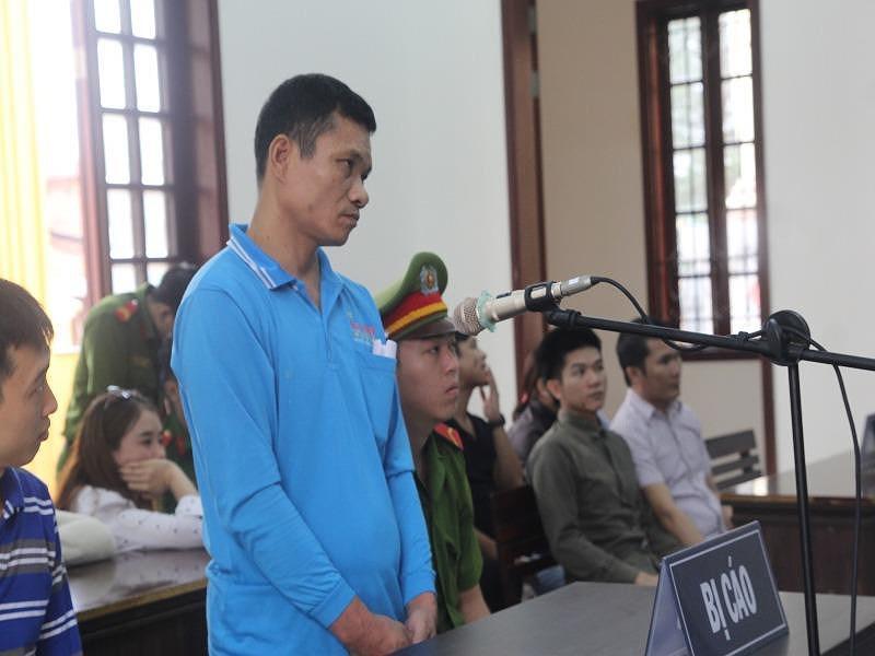 Đâm chết người vì bị chê hát dở, giành micro đám cưới ở Chợ Gạo, Tiền Giang