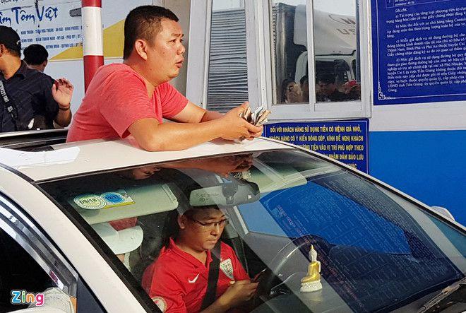 Công an huyện Cai Lậy (Tiền Giang) tiếp tục mời tài xế làm việc về BOT Cai Lậy