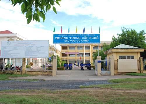 Trường trung cấp nghề khu vực Gò Công, nơi hai bị can thực hiện hành vi phạm tội