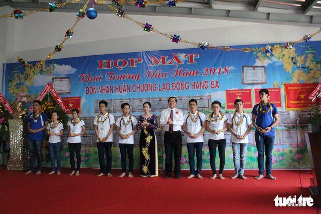 Công ty ở Châu Thành, Tiền Giang lì xì 500 chỉ vàng cho công nhân ngày khai trương đầu năm