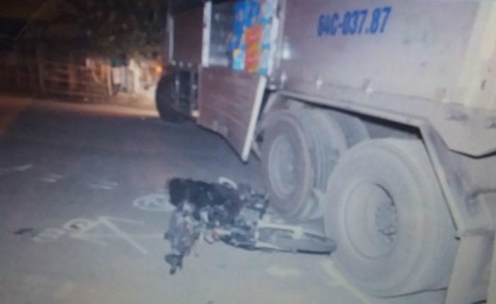Xe Suzuki Sport va chạm xe tải, một người tử vong ở Cái Bè - Tiền Giang