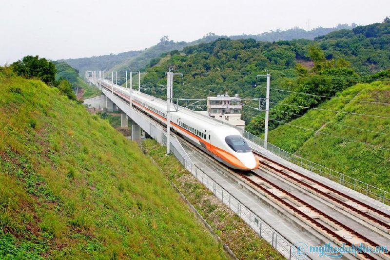"""Hình ảnh mô phỏng tuyến đường sắt """"khủng"""" 5 tỷ USD đi từ TP.HCM- Tiền Giang - Cần Thơ chỉ 45 phút"""