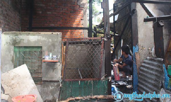 Cháy rụi 1 ngôi nhà chứa phế liệu ở Mỹ Tho, Tiền Giang