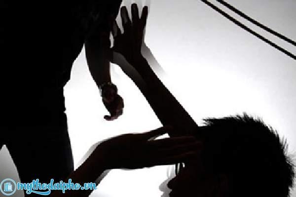 Tiền Giang: Ráo riết truy bắt nhóm đối tượng chém chết nam thanh niên trong đêm