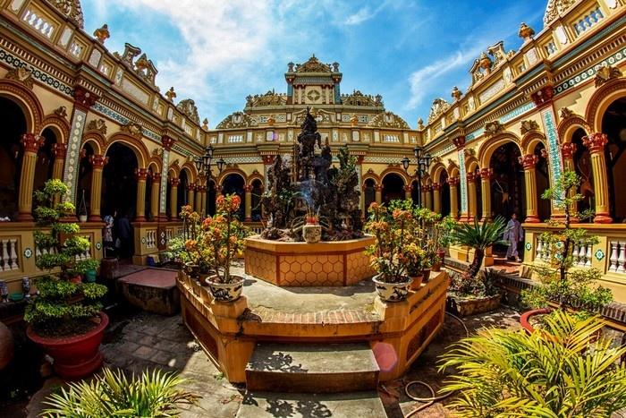Chùa Vĩnh Tràng - điểm đến Phật giáo thu hút