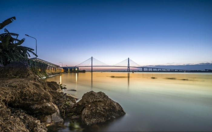 Từ cù lao Thới Sơn-có thể ngắm cầu Rạch Chiếc nối hai tỉnh Tiền Giang và Bến Tre