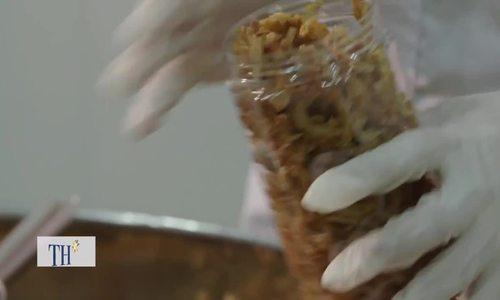 Cá cơm chiên giòn thơm béo từ dòng Mekong