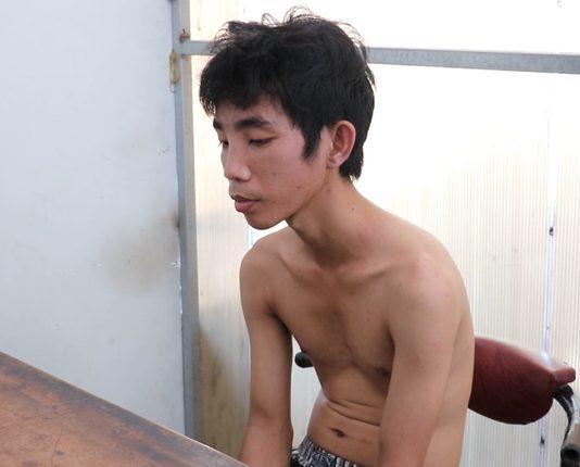 Hai thanh niên dùng bình xịt hơi cay cướp gần 500 triệu ở Tiền Giang