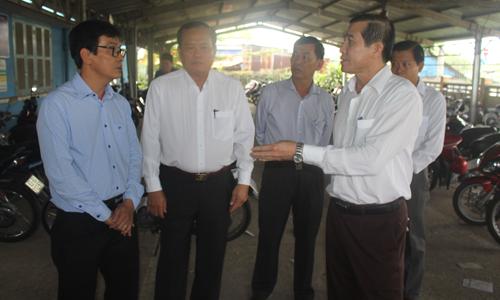 Thường trực UBND tỉnh làm việc tại Trường Đại học Tiền Giang (cơ sở xã Long An, huyện Châu Thành).