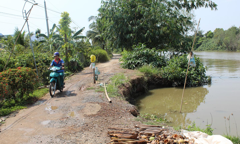 Điểm sạt lở chưa được khắc phục ở ấp 3, xã Phú An.