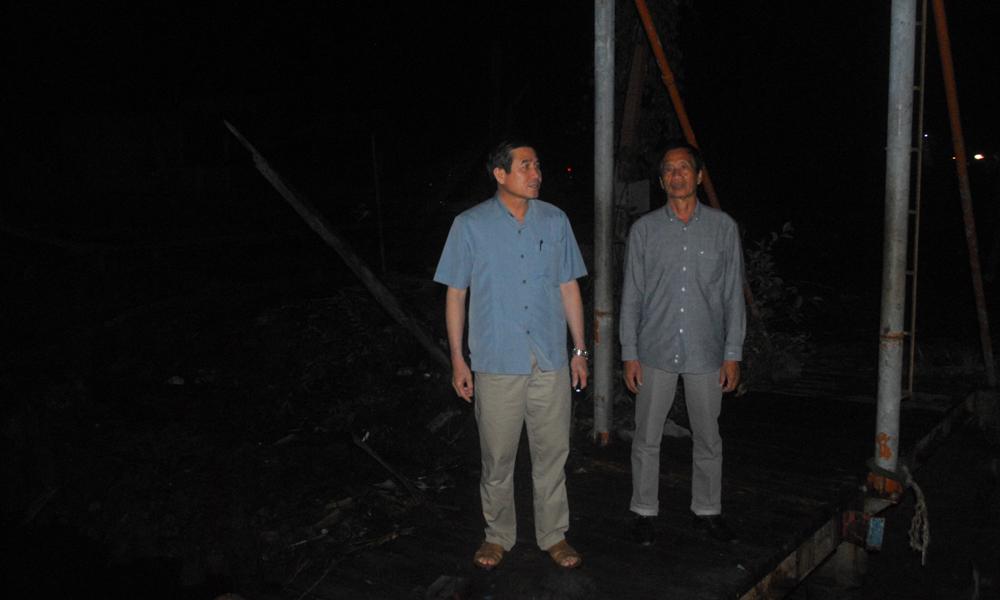 Kiểm tra tại khu neo đậu tàu thuyền tránh trú bão ở Cần Lộc.