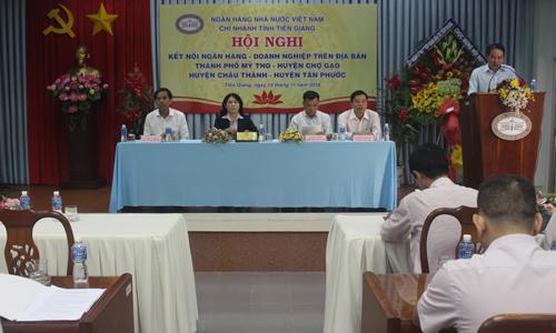 Hội nghị được tổ chức nhằm từng bước tháo gỡ khó khăn trong tiếp cận nguồn vốn ngân hàng cho các doanh nghiệp.