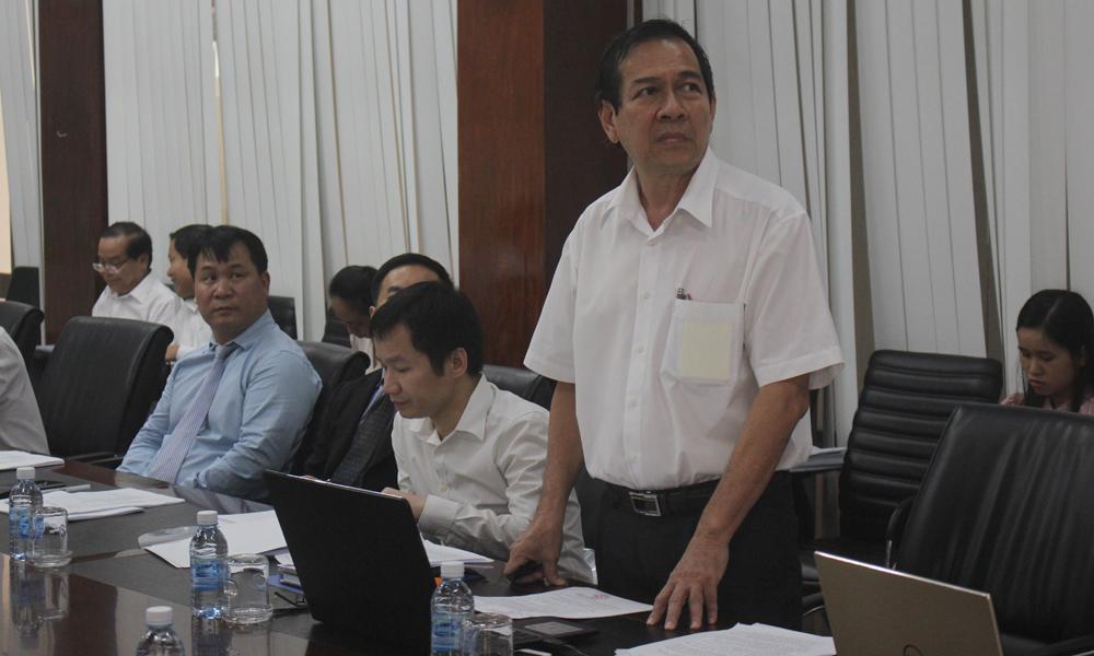 Trưởng Ban Quản lý các KCN tỉnh Cao Minh Tâm phát biểu tại buổi làm việc.