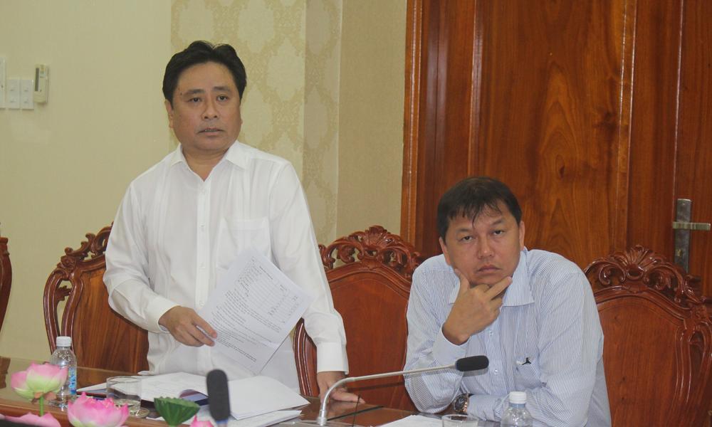 Giám đốc Sở Kế hoạch và Đầu tư Trần Văn Dũng phát biểu tại buổi làm việc.
