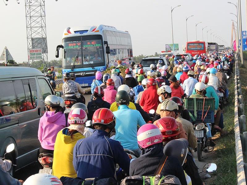 Sẵn sàng cứu hộ giao thông trên cầu Rạch Miễu dịp Tết - ảnh 2