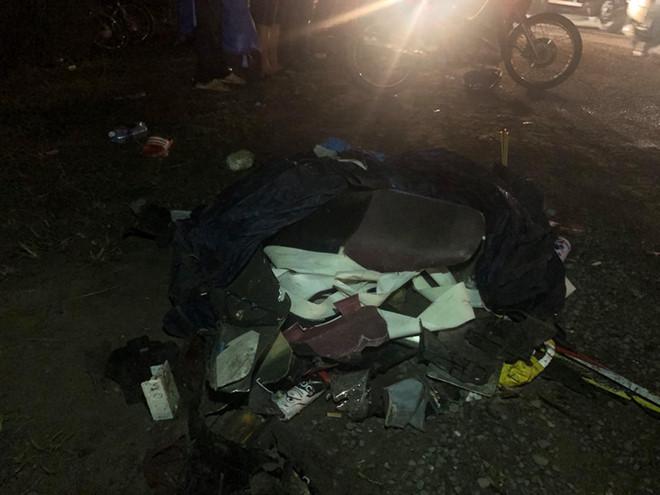 Xe container tông hàng chục xe máy chờ đèn đỏ ở Bến Lức: Danh tính nạn nhân - ảnh 4