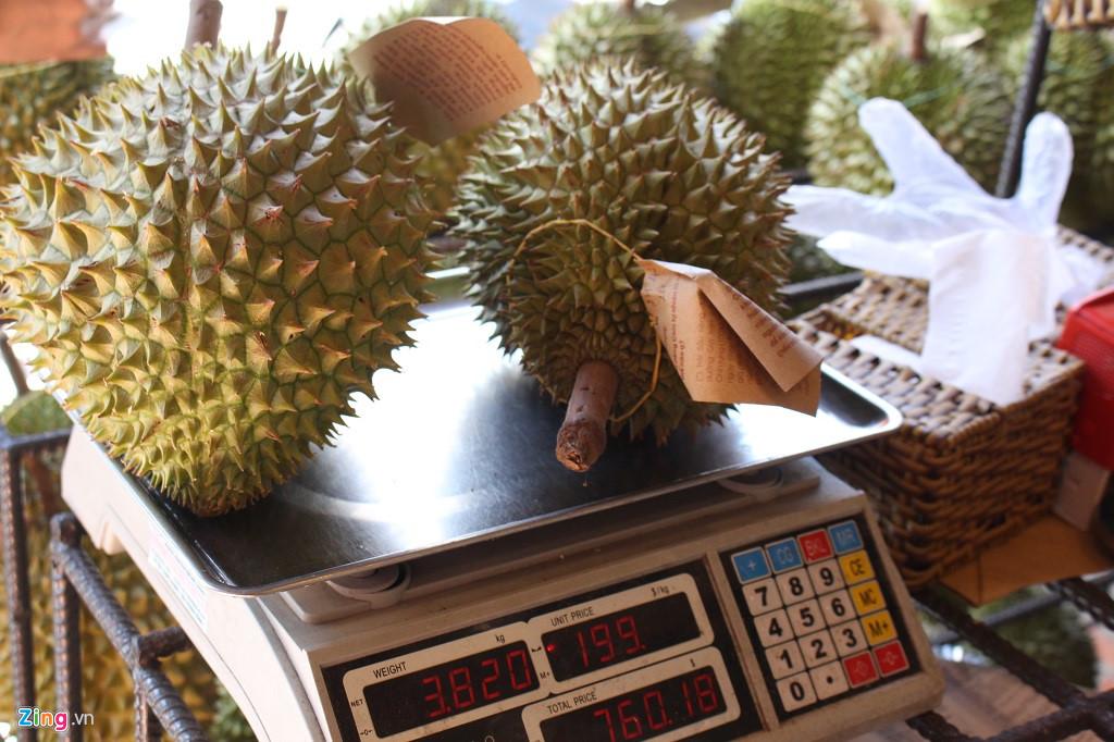 Sau rieng 200.000 dong/kg hoac buffet 299.000 dong/ nguoi o Sai Gon hinh anh 2