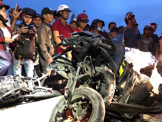 Xe container tông hàng chục xe máy chờ đèn đỏ ở Bến Lức: Danh tính nạn nhân - ảnh 2