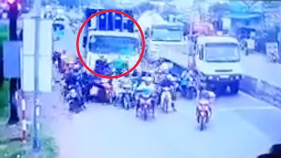 Mức án tài xế xe container gây tai nạn ở Long An có thể đối mặt