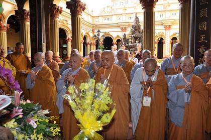 Ni giới tham Tăng tại Chùa Vĩnh Tràng