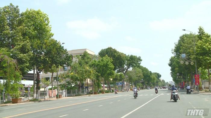 Công trình nâng cấp đường Hùng Vương dự kiến hoàn thành trước Tết Nguyên đán 2020. Ảnh: Trần Liêm