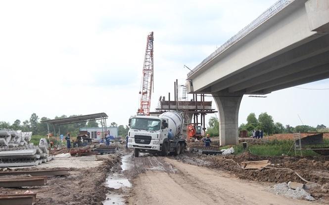 Dự kiến chậm nhất trong tháng 8 này tỉnh Tiền Giang sẽ bàn giao toàn bộ mặt bằng sạch cho dự án.
