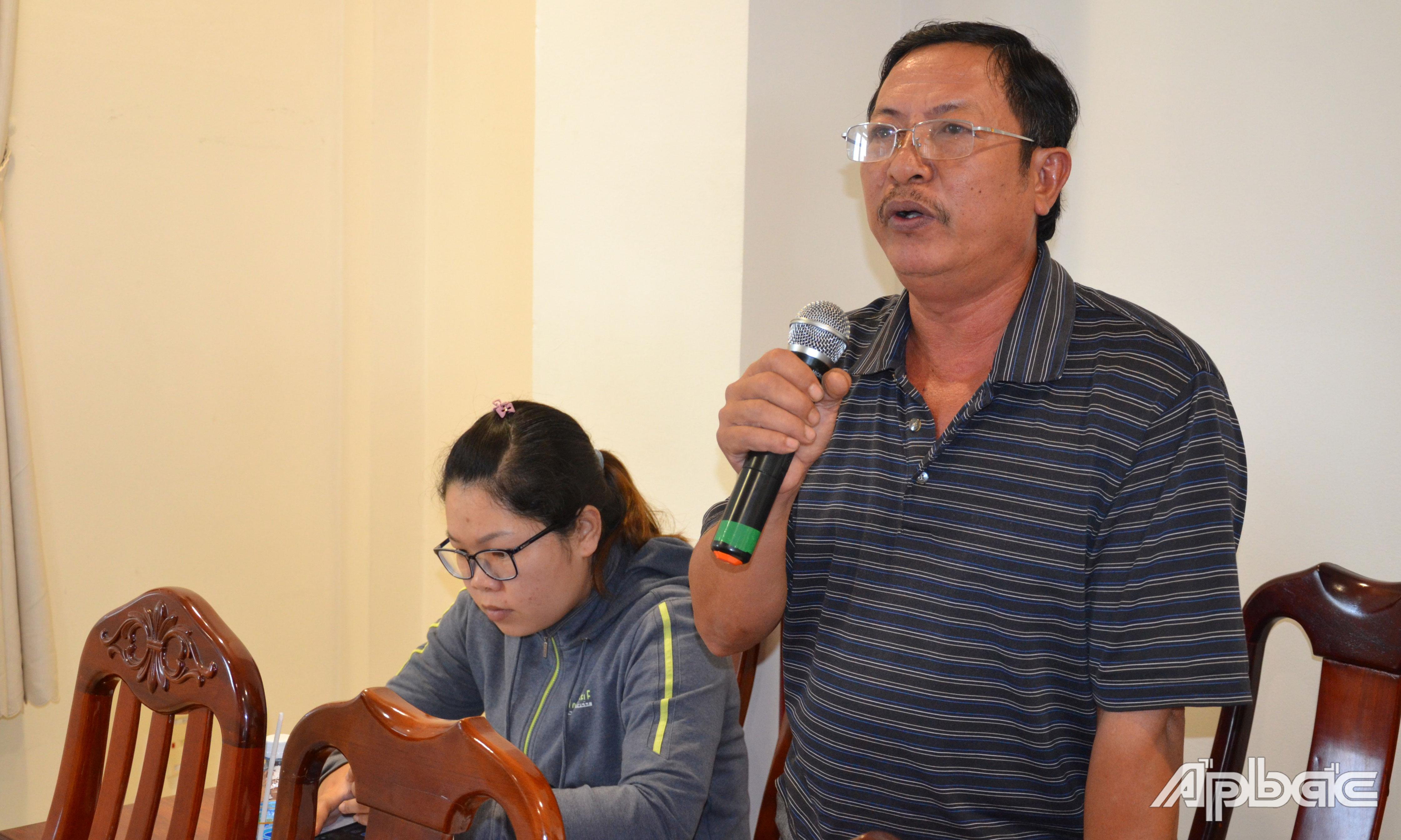 Doanh nghiệp phát biểu ý kiến tại hội nghị.